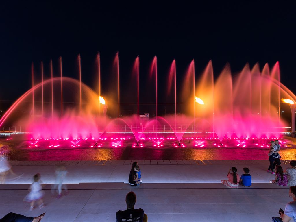 Pomegranate Wellness Spa Hotel: Fountain Show