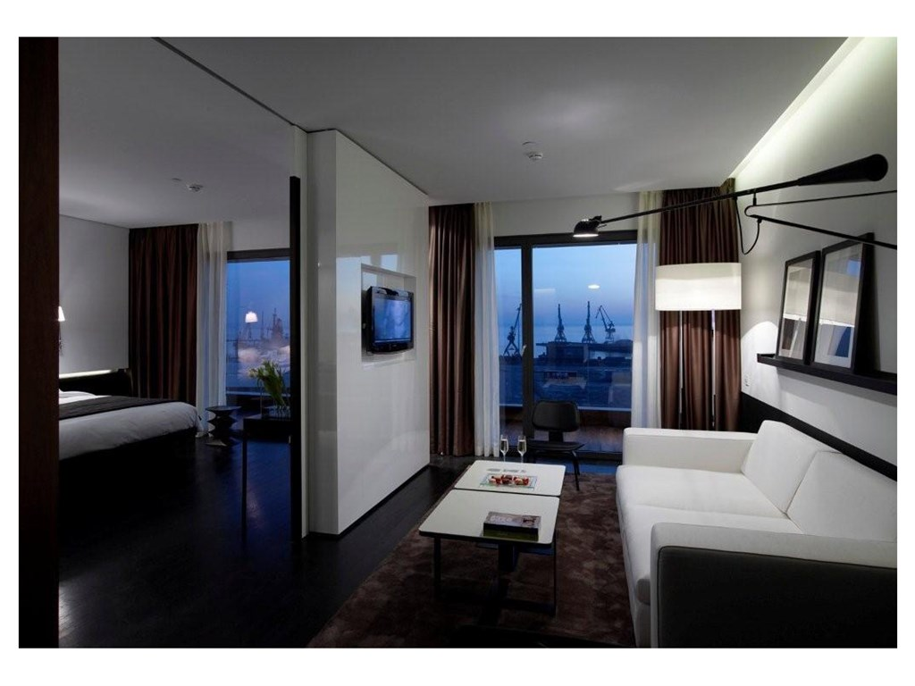 The Met Hotel: Suite Executive