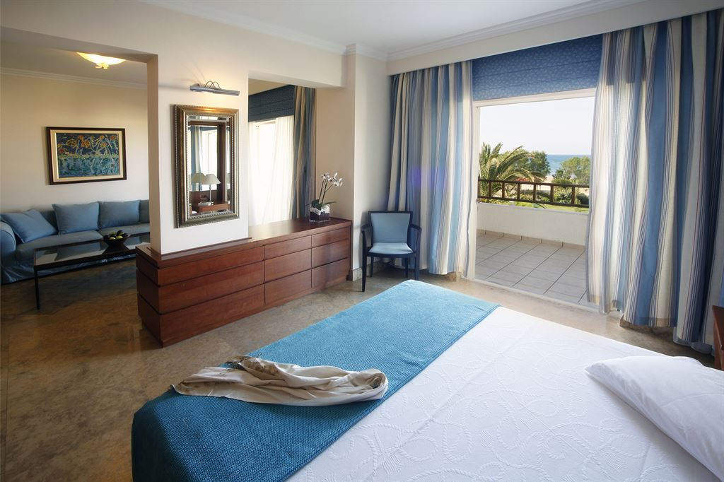 Pilot Beach Resort & Spa Hotel: Deluxe Suite SV