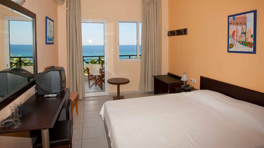 Acrotel Lily Ann Beach Hotel: Double Room