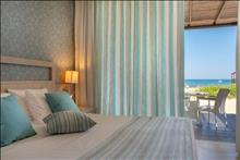 Pilot Beach Resort & Spa Hotel: Beach Front Suite